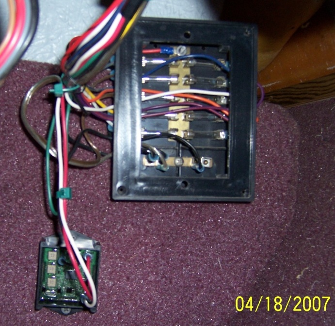 Fuse Box For Small Boat : Boat livewell timer installation